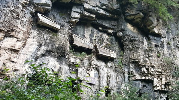 Hanging Coffin on the cliff